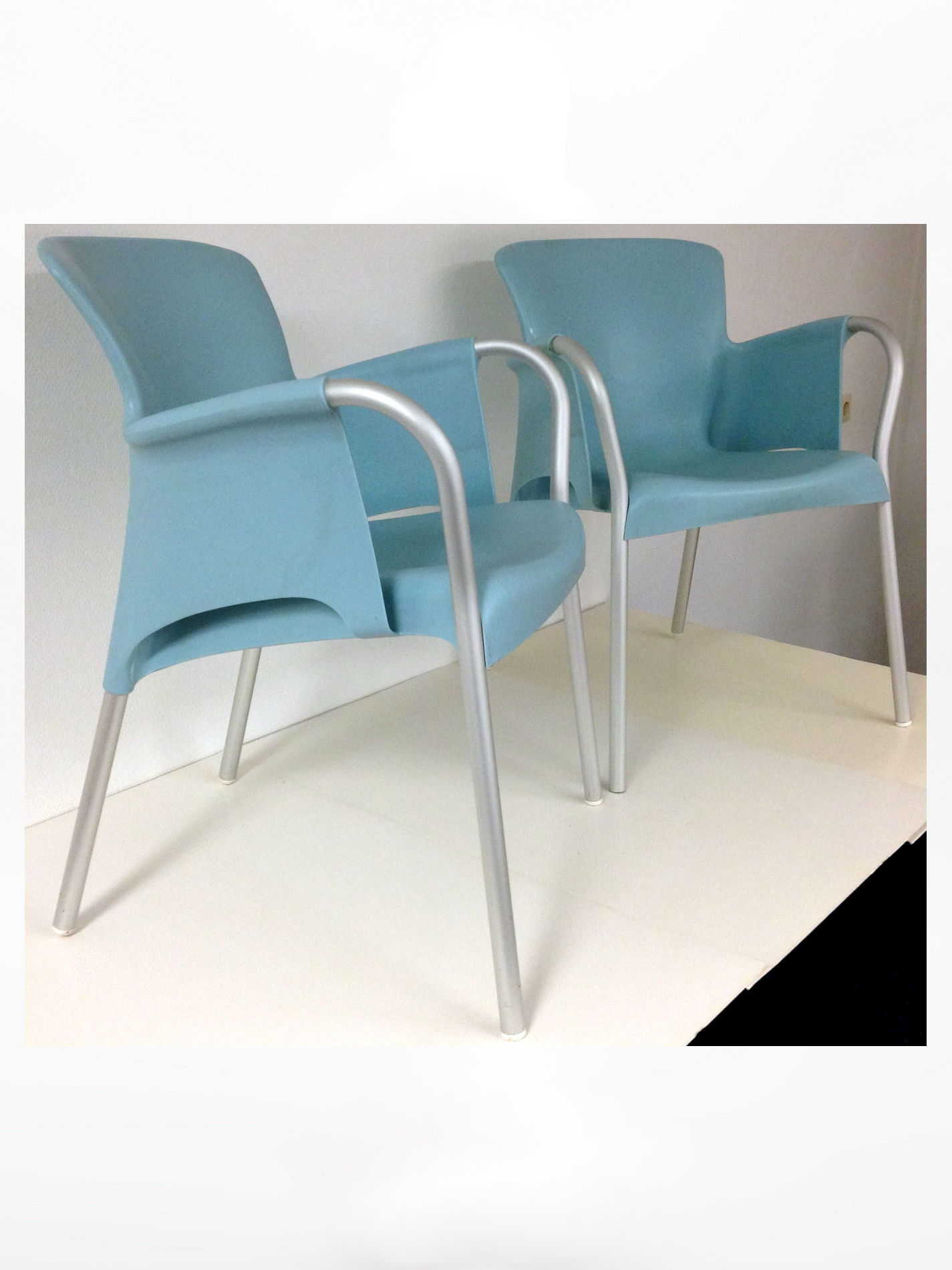 Design stapelstoel